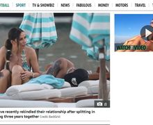 Liburan di Yunani, Dele Alli 'Teler' di Pinggir Pantai Tanpa Sebab yang Jelas