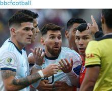Dimana Cristiano Ronaldo saat Lionel Messi Diganjar Kartu Merah Kedua Sepanjang Kariernya
