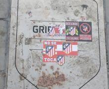 Kecewa dengan Antoine Griezmann, Fan Atletico Rusak Plakat Kehormatan di Wanda Metropolitano
