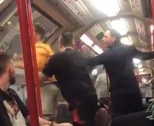 VIDEO - Aksi Konyol Fan Chelsea di Kereta yang Berujung Petaka