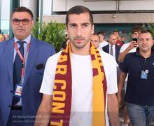 Sambutan Kocak Para Fan AS Roma untuk Mantan Pemain Arsenal, Henrikh Mkhitaryan!
