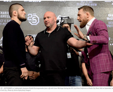 Kata Khabib Nurmagomedov Usai McGregor Dikalahkan Poirier di UFC 257