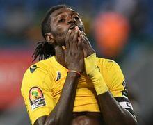 Perbedaan Antara Jose Mourinho dan Arsene Wenger Menurut Emmanuel Adebayor