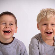 Tersenyumlah, Maka Orang Lain Akan Ikut Tersenyum, Benarkah Begitu?