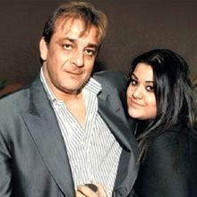 Sanjay Dutt Sempat Selingkuh Saat Istrinya Derita Tumor, Begini yang Dirasakan Saat Seseorang Mengetahui Pasangannya Selingkuh