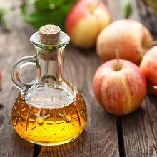 Hilangkan Komedo Cukup dengan Cuka Apel, Yuk Simak Caranya!