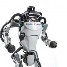 Atlas, Robot yang Bisa Berlari, Kini Bisa Parkour Juga! Keren!