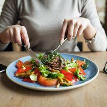 Berita Kesehatan: Makin Bertambah Usia, Wajib Makin Sering Mengonsumsi Makanan  Ini