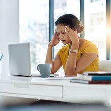 Berdasar Studi, Inilah Alasan Kenapa Perempuan Lebih Sering Migrain!