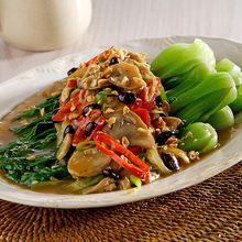 Makan Malam Bersama Keluarga Jadi Makin Seru dengan Pokcoy Taosi Wijen