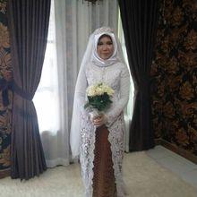 Calon Suaminya Jadi Korban Lion Air JT610, Perempuan Ini Tetap Kenakan Baju Pengantin di Hari Seharusnya Menikah