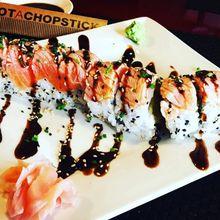 Makan Sushi di Restoran Ini Bisa Bayar dengan Followers Instagram lho