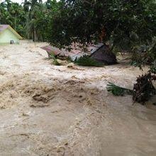 BREAKING NEWS: Banjir Melanda Kabupaten Aceh Utara, Sejumlah Rumah Warga Terseret Arus