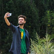 Seorang Pria Selamat dari Hukuman 99 Tahun Penjara Karena Foto Selfie, Begini Kisahnya!