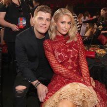 Batalkan Pertunangan, Mantan Paris Hilton Minta Kembali Cincin Seharga 29 Miliar