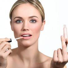 Tips Merawat Bibir Lembap dan Sehat dari Professional MUA Obby Wankenobi
