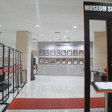 Dari Wayang sampai Becak, Ini Koleksi Museum Surabaya di Gedung Siola