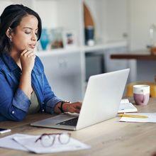 Perbedaan Tips Mengelola Keuangan Antara Ibu Rumah Tangga dan ibu yang Berkarir