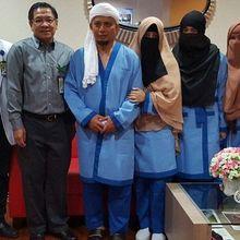 Ustad Arifin Ilham Sembuh Dari Kanker Getah Bening Stadium 4A Selama 2 Bulan, Ternyata Rutin Jalani Pengobatan Alternatif Ini!