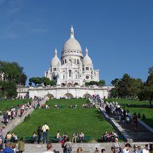 Berjalan-Jalan di Montmartre, Bukit Indah di Pinggiran Paris