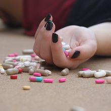 Banyak Artis Terjerat Kasus Nakotika, Kenali Ciri-ciri Orang yang Rentan Terjerumus Narkoba