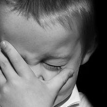 Saat Si Kecil Menangis, Jangan Langsung Marah-marah! Lakukan 4 Hal Ini