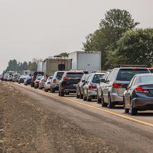 Bukan Medsos, Ini Cara Jitu Mengurangi Stres Akibat Kemacetan di Jalan