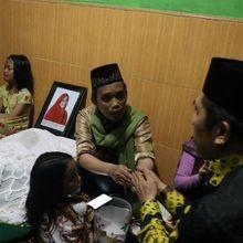 Cerita Ustaz Maulana Mimpi Istri Berpakaian Putih Sebelum Meninggal, Ini yang Dikatakan Saat Mimpi!
