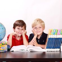 Jangan Dilupakan, Moms Harus Ajarkan 3 Hal Ini Agar Anak Menjadi Baik di Sekolah