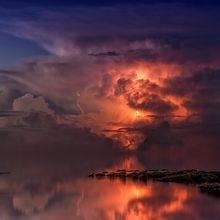 Hati-Hati, Menghindarlah Ketika 4 Fenomena Cuaca Berbahaya Ini Datang!
