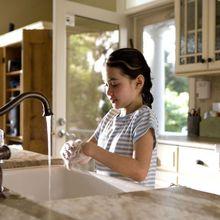 Bolehkah Kita Mencuci Tangan dengan Sabun Cuci Piring? #AkuBacaAkuTahu
