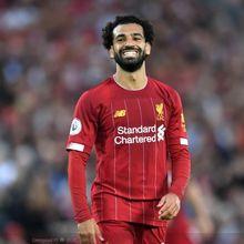 Kumpulan Meme Kocak Usai Mohamed Salah Berpose dengan Model Cantik