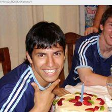 Duet Messi dan Aguero Diprediksi Bakal Cetak 60 Gol Semusim di Barcelona, Tapi 2 Hal Ini Bisa Bikin Ambyar