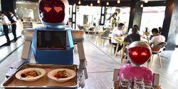 Restoran Fast Food Akan Gunakan Robot Karena Gaji Karyawan Makin Naik?