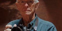 Fotografer Ini Berhasil Bikin Tampilan Layar Androidmu Tak Membosankan