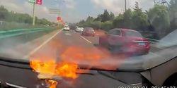 Heboh Video iPhone Meledak di Mobil, Bukan Catatan Buruk Perusahaan Apple