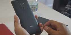 Skor AnTuTu PocoPhone F1 Kalahkan Oppo Find X dan Samsung Galaxy S9?