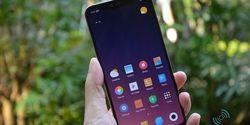 Xiaomi Mi 8 Pro Hadir dengan Varian Warna Baru, Gradien Twilight Gold