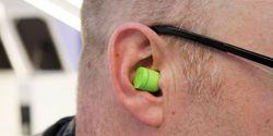 Headset Unik Mirip Kapsul Ini Diklaim Lebih Keren dari AirPods