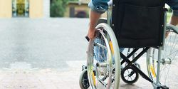 Teknologi Implan Berhasil Bikin Tiga Orang Difabel Berjalan Lagi