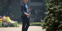 Mark Zuckerberg Perintahkan Semua Eksekutif Facebook Pakai Android