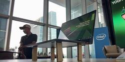 Lenovo Yoga S730, Laptop Ringan Banget Hingga Bisa Ditopang Wafer