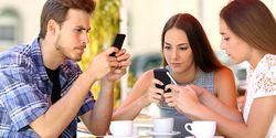 Sanggup Lepas Dari Smartphone Selama Setahun? Hadiahnya Rp 1,4 Miliar