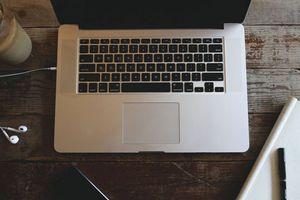 Memperbaiki Komputer Mac yang Terjebak di Safe Mode