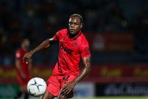 Victor Igbonefo Berpeluang Besar Didepak dari Klub Liga Thailand