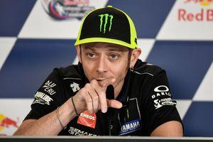 Momen Nyaris Juara Valentino Rossi pada MotoGP 2015 Kembali Diungkit