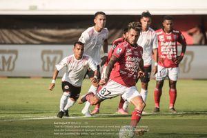 Bali United dan Arema FC Saling Berbalas Gol di Babak Pertama