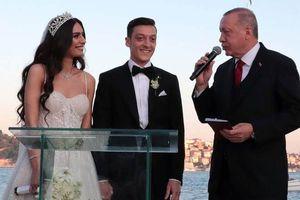 Dibalik Kehadiran Recep Tayyip Erdogan di Pernikahan Mesut Oezil Muncul Badai Politik Antardua Negara