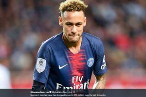 Momen Pemain Aljazair 'Kerasukan' Neymar di Final Piala Afrika 2019