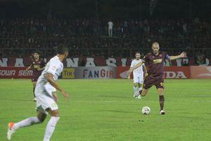 Laga PSM Makassar Kontra Persebaya Imbang di Babak Pertama
